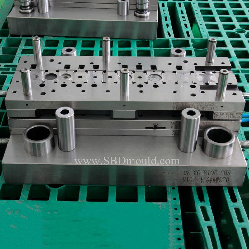 Stamping mould to develop new product about NEV battery parts