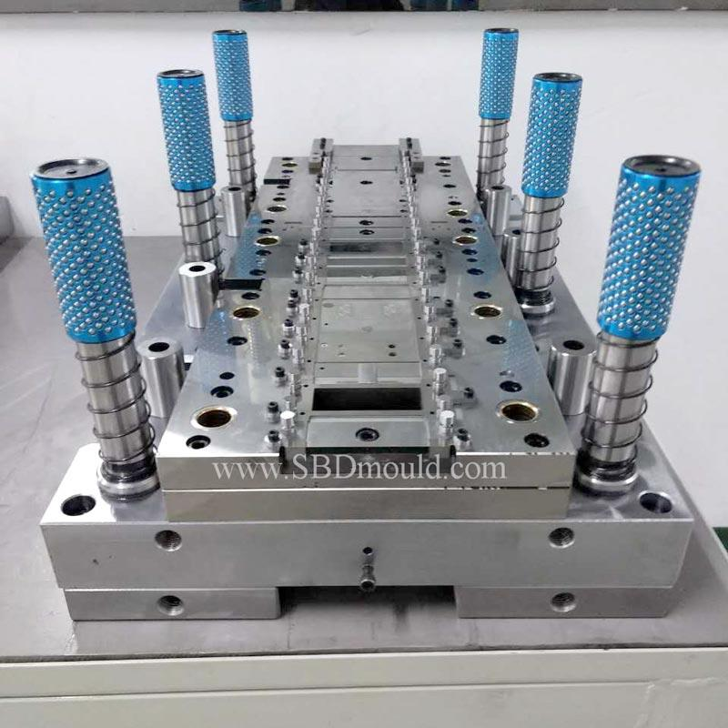 Precision high speed progressive mould making by clients' product drawing design