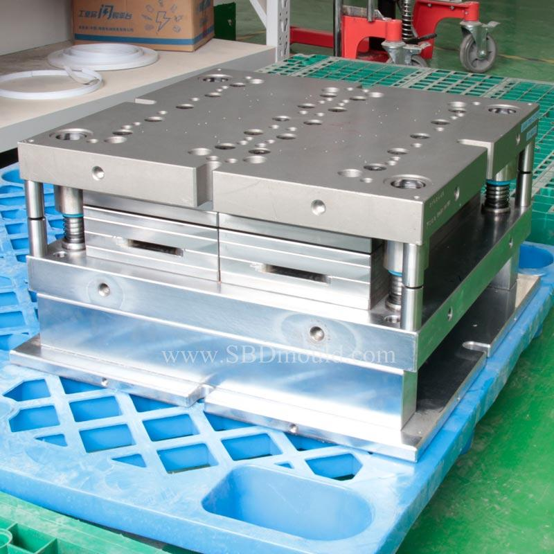 Progressive stamping mould design and making for keyboard